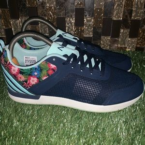 Adidas NEO floral sneaker